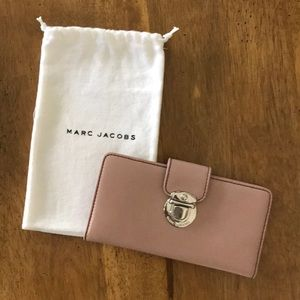 Marc Jacobs Checkbook Wallet